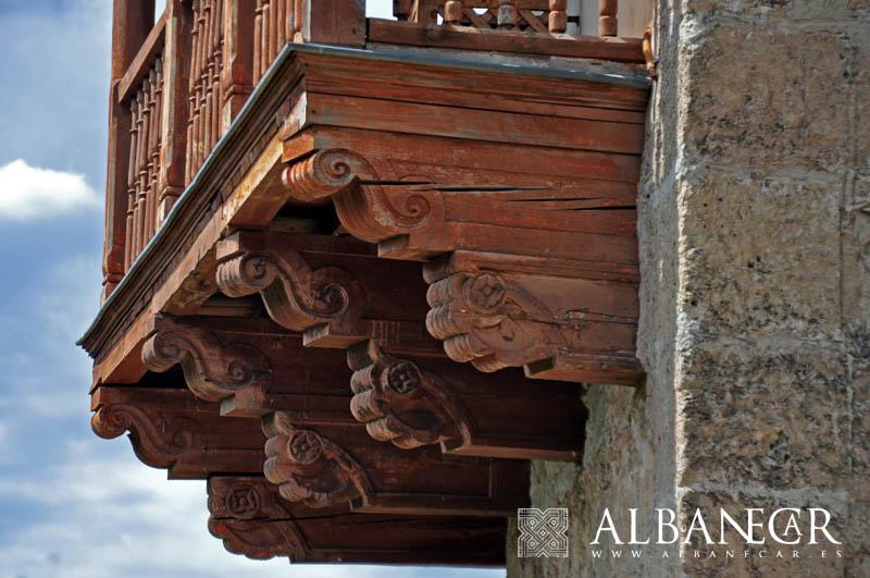 Tocar madera alban car - Tocar madera casas ...